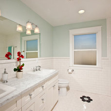 Traditional Bathroom by Stewart Thomas LLC