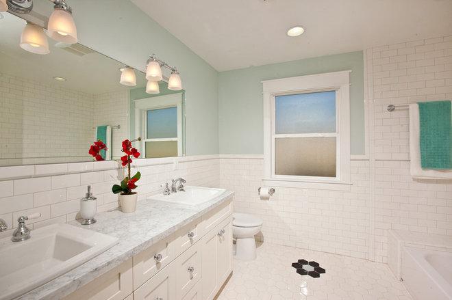 Traditional Bathroom by Stewart Thomas LLC