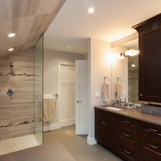 Craftsman Bathroom by Kenorah Construction & Design Ltd