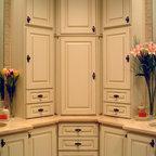 Young Girls Bathroom Traditional Bathroom Dallas By Holland Rogers Company Llc