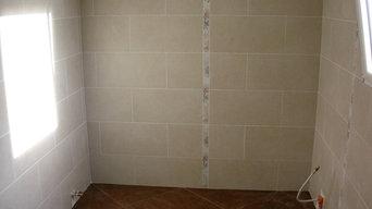 creation bathroom, european stone mosaic shower and strip Flowers - La Caroleuse