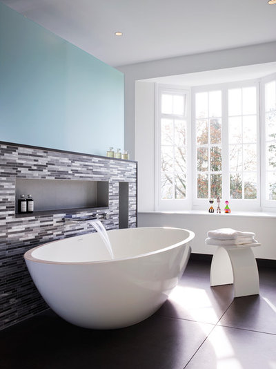 Contemporary Bathroom By SAPPHIRE SPACES L Bulthaup Exeter