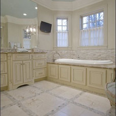 Traditional Bathroom by mary elizabeth hulsey