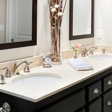 Bathroom: Crema Marfil