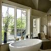 Expert Talk: Freestanding Bathtubs Make a Splash