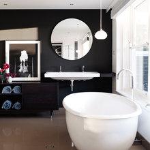 Black bathroom walls
