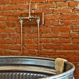 フィラデルフィアのエクレクティックスタイルのおしゃれな浴室の写真