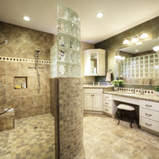 Bathroom by DreamBuilders Home Remodeling