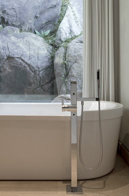Contemporary Bathroom by Swaback Partners, pllc