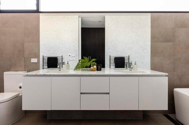 Modern Bathroom by Prebuilt