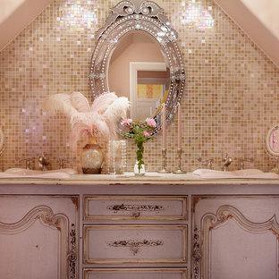 Idée De Décoration Pour Une Salle De Bain Style Shabby Chic.