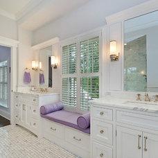 Bathroom by Newgard Custom Homes