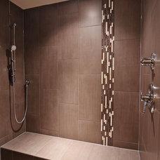Craftsman Bathroom by F. M. Construction Ltd