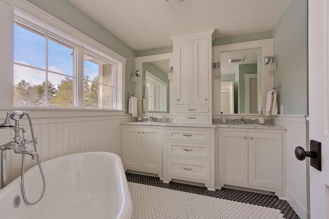Midcentury Bathroom by GreenWood Design Build