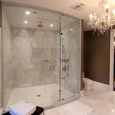Traditional Bathroom by HUSH