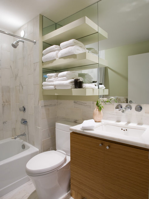 Houzz bathroom travertine - Trendy Tub Shower Combo Photo In Birmingham With An Undermount Sink