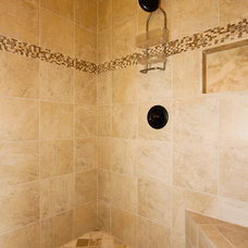 Rustic Bathroom by Broadshield Custom Homes and Contractors