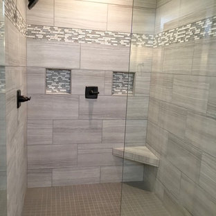 Example of a large arts and crafts alcove shower design in Other