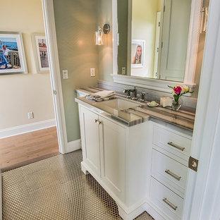 Elegant bathroom photo in Los Angeles