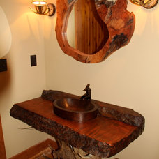Rustic Bathroom by Littlebranch Farm