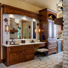 Rustic Bathroom by USI Design & Remodeling