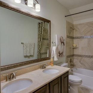 Dallas, Texas | Castle Point - Premier Rosewood Secondary Bathroom