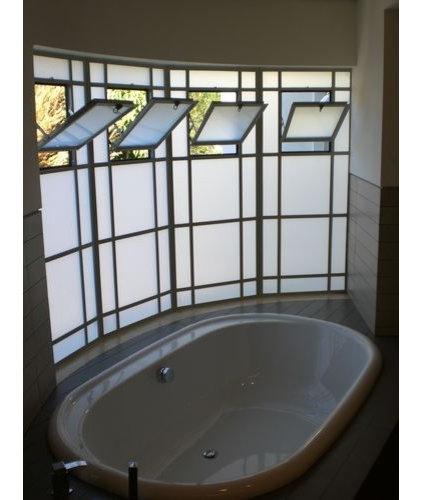 Contemporary Bathroom by Dan and Hila Israelevitz- Architects