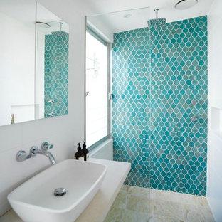 Esempio di una stanza da bagno etnica