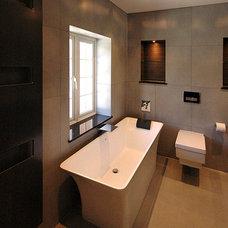 Contemporary Bathroom by David Carrier Bathrooms