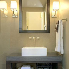 contemporary bathroom by David Ludwig - Architect