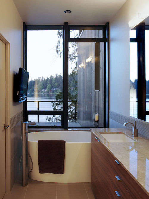 063188450ca61f90_3781-w500-h666-b0-p0--modern-bathroom Freestanding Tub Bathroom Design Ideas on oval tub bathroom ideas, claw tub bathroom ideas, corner tub bathroom ideas, clawfoot tub bathroom ideas, pedestal tub bathroom ideas, freestanding tub remodel, garden tub bathroom ideas, freestanding tub showers, roman tub bathroom ideas, freestanding tub tile, jet tub bathroom ideas,