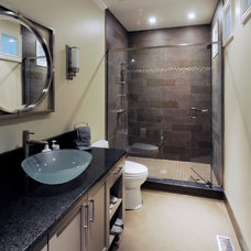 Contemporary Bathroom by Chuck Mills Residential Design & Development Inc.