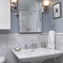 contemporary bathroom by Grossmueller's Design Consultants