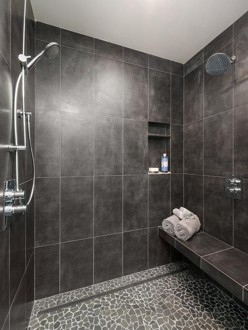 cette photo montre une salle de bain principale moderne de taille moyenne avec une douche - Galet Noir Salle De Bain