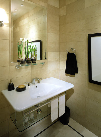 Bath Style: Ready to Try a Larger Tile?