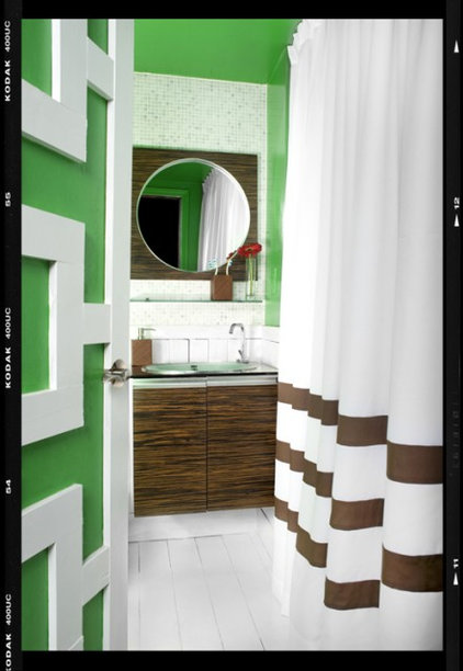 Eclectic Bathroom by decordemon