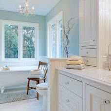 Traditional Bathroom by Kaufman Homes, Inc.
