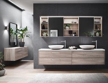 Delray Beach Compact Bathroom