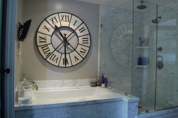 Eclectic Bathroom by Dana Nichols