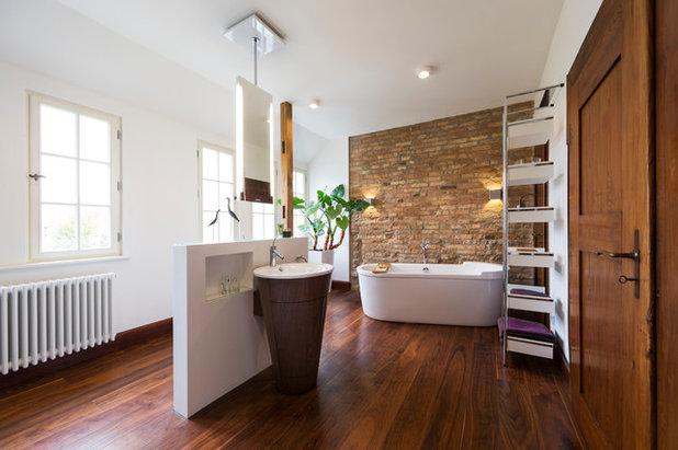 Modern Badezimmer by frag die raumgestalter