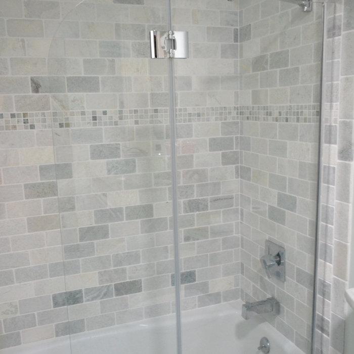 Dennis Full bath