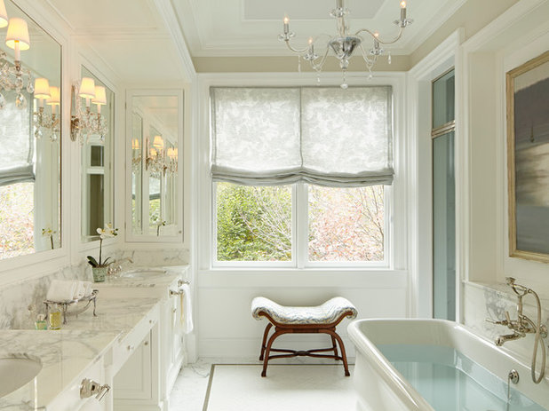 Traditional Bathroom by bba ARCHITECTS