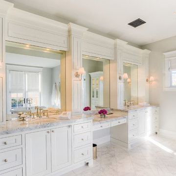 Desert Dwelling for Sports Enthusiasts | Master Bathroom