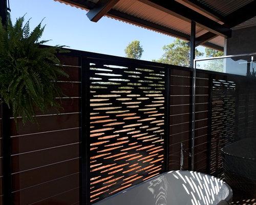 kolonialstil badezimmer mit wandwaschbecken design ideen beispiele f r die badgestaltung houzz. Black Bedroom Furniture Sets. Home Design Ideas