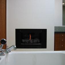 Modern Bathroom by emily jagoda