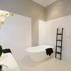 Contemporary Bathroom by Liz Prater Design Home
