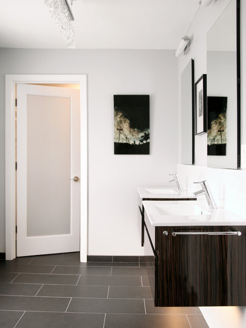 Bathroom doors houzz Bathroom glass doors design
