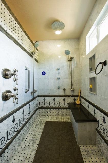 Mediterranean Bathroom by All Pro Builders Inc.