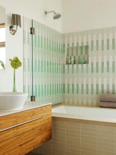 Modern Bathroom by etA ARCHITECTURE