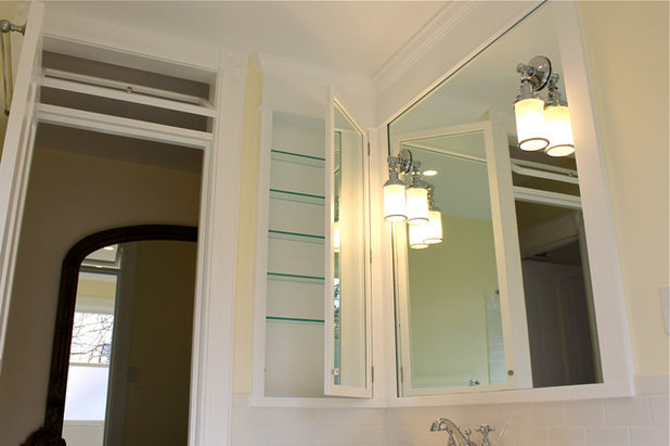 Our Recommendations For Traditional Bathrooms: 5 Ways DIY Remodels Get Derailed